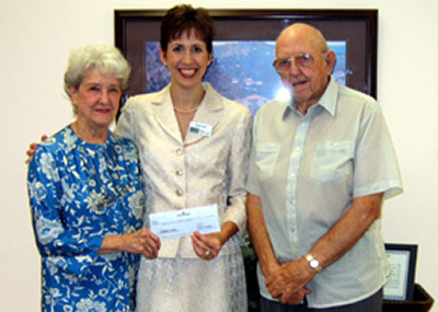 Roy and Leona Isler with Noelle Bartl