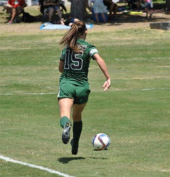 courtney pitman playing soccer