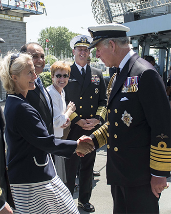 queen of comeback buzzell meets prince charles