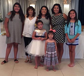 melissa with daughters and granddaughters
