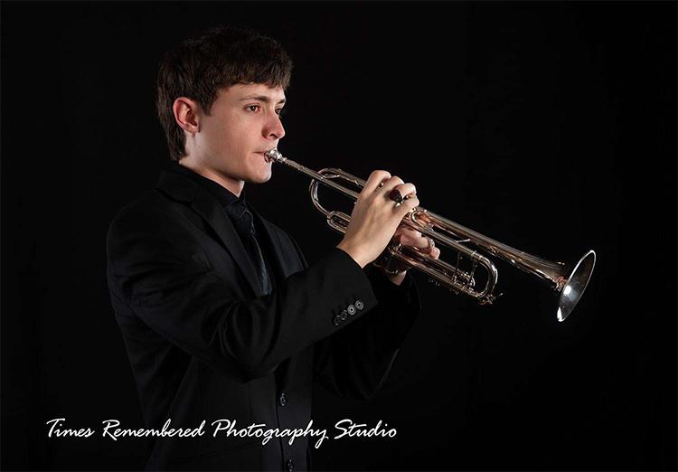 ignacio perez playing trumpet